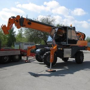 rebau-historie-2011 - Anschaffung neuer Mobilkran der Firma Herkules