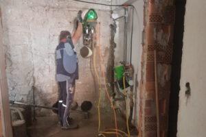 rebau-Referenzprojekte - Bohren und Sägen - Kernbohrung als Eckbohrung für Türausschnitt