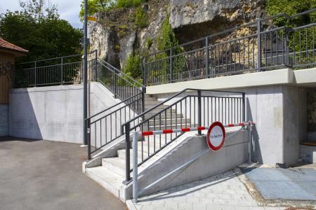 rebau-Referenzprojekte - Gewerbe- & Kommunalbau - Treppenlauf Radbrücke, Sigmaringen