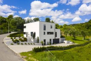 rebau-Referenzprojekte - Schlüsselfertig - Bauhausstil mit Flachdach