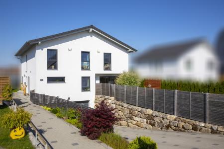 rebau-Referenzprojekte - Schlüsselfertig - Einfamilienhaus mit Satteldach