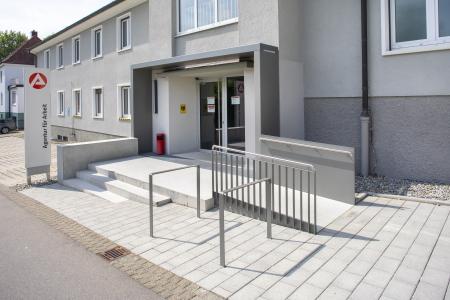 rebau-Referenzprojekte - Umbau und Modernisieren - Umbau Eingang Agentur für Arbeit, Sigmaringen